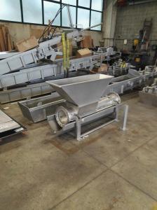 Compattatore oleodinamico - Impianto trattamento bottini aeroporto di Fiumicino